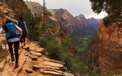 Hiking Angels Landing